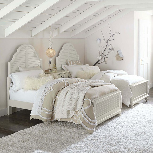 Inspirations Catalina Panel Bedroom Set (Mist Gray)