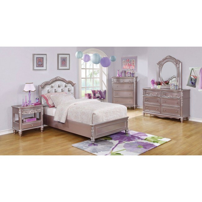 Caroline Panel Bedroom Set (Metallic Lilac)
