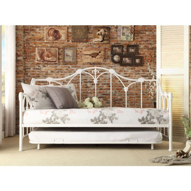 Julia Metal Daybed w/ Trundle