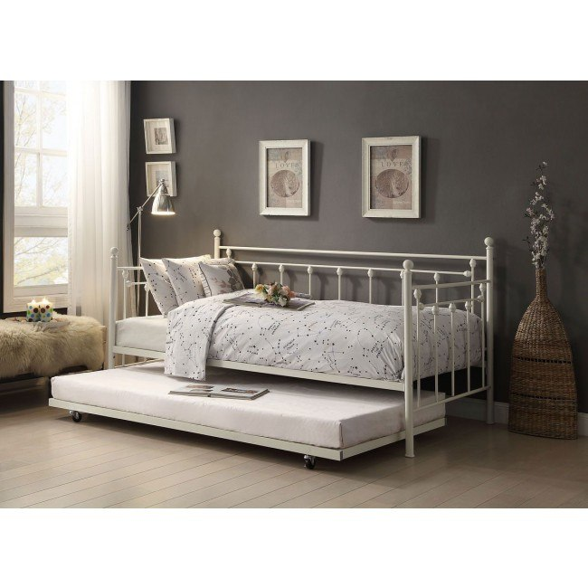 Lorena Metal Daybed w/ Trundle