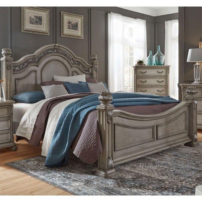Messina Estates Poster Bed (Dove Gray)