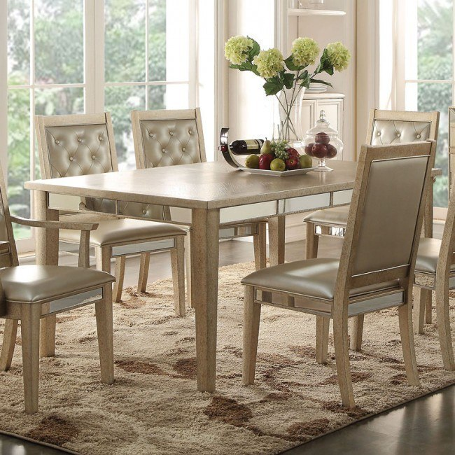 Voeville Extension Dining Table