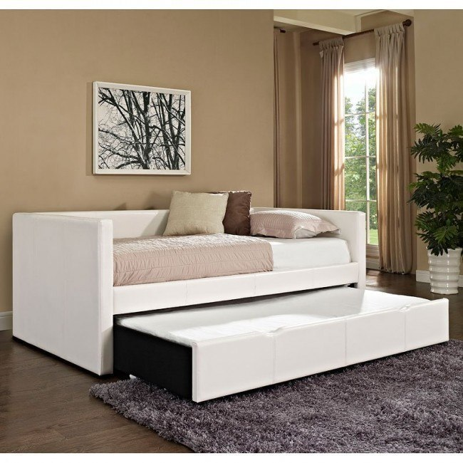 Lindsey Upholstered Daybed (White)