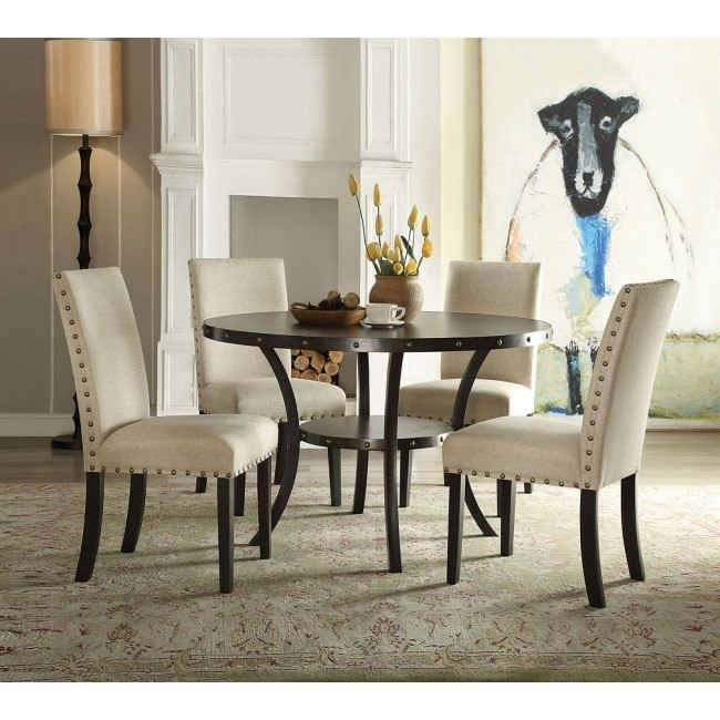 Hadas Round Dining Room Set