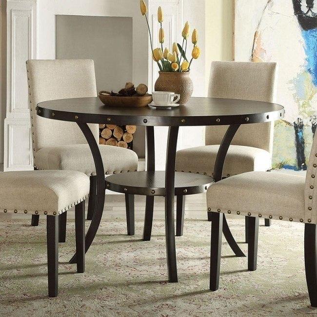 Hadas Round Dining Table
