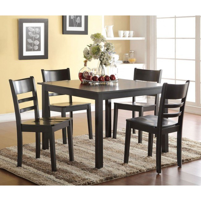 Veles 5-Piece Dining Room Set