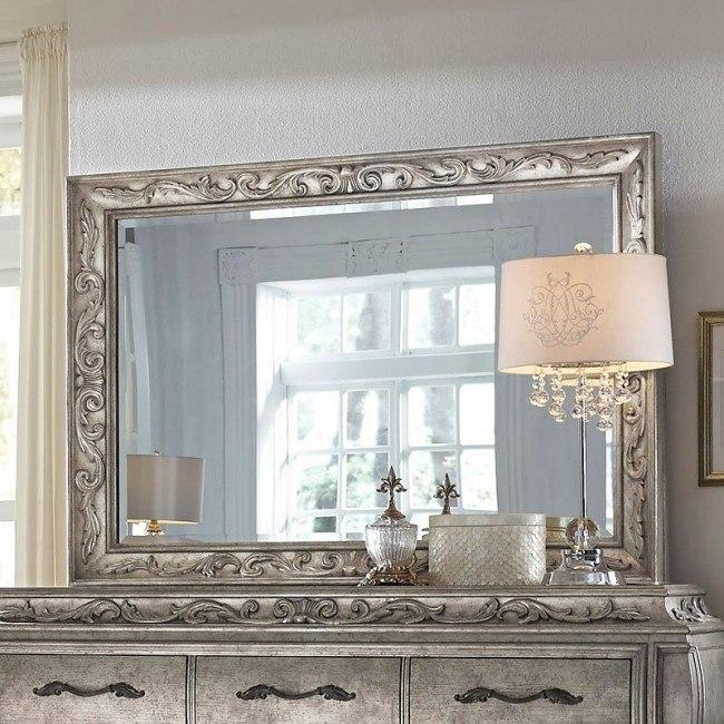 Rhianna Mirror