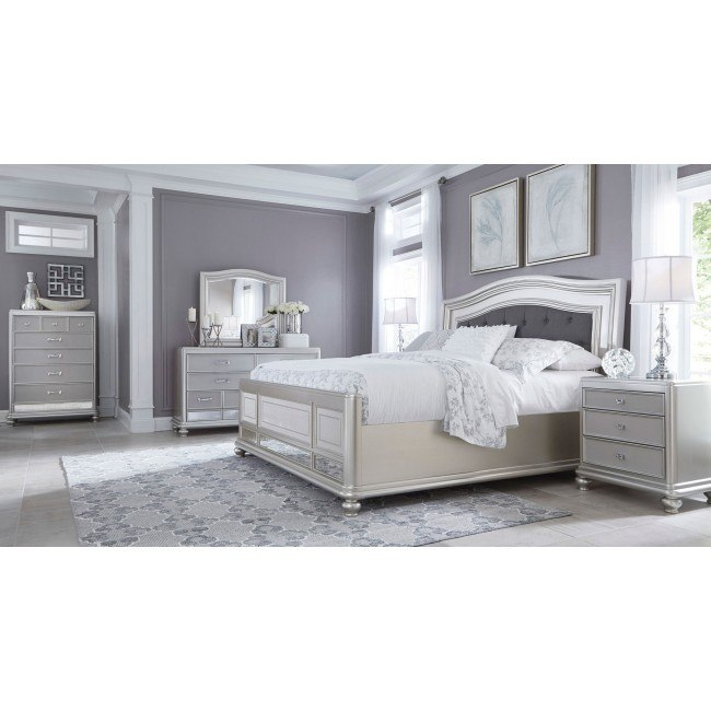 Coralayne Panel Bedroom Set