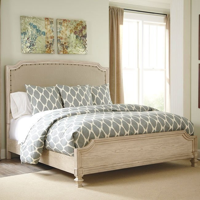 Demarlos Panel Bed By Millennium 2 Reviews Furniturepick