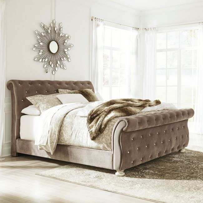 Cassimore Upholstered Bed