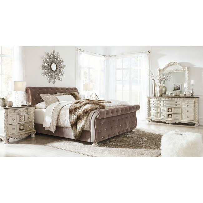 Cassimore Upholstered Bedroom Set