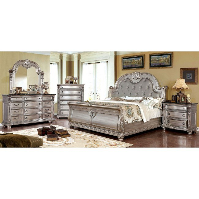 Fromberg Sleigh Bedroom Set (Champagne)