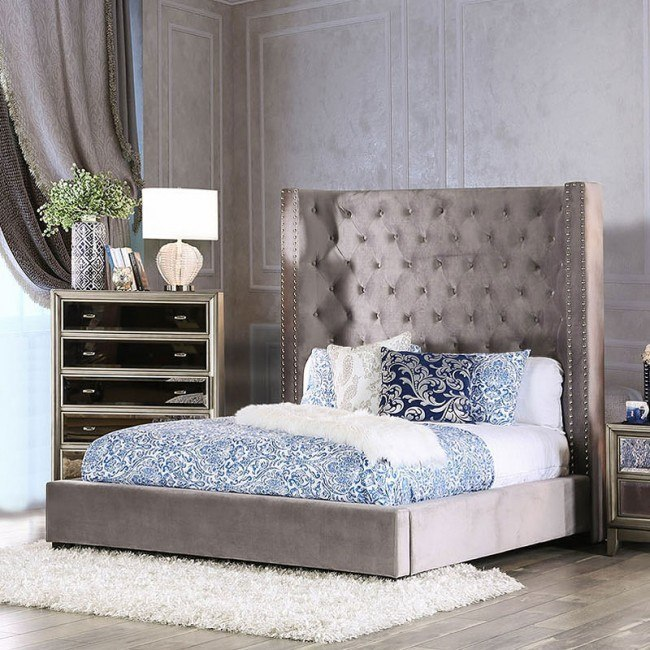 Mirabelle Upholstered Bed (Gray)