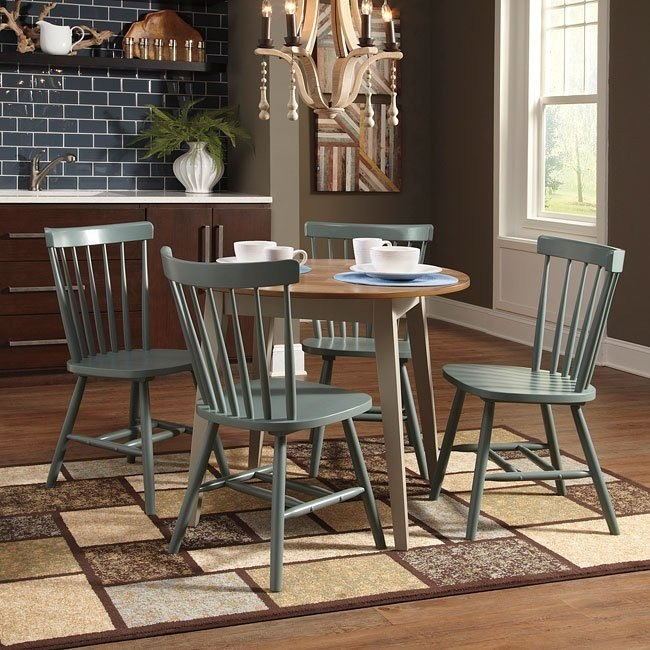Bantilly Round Dinette w/ Blue Chairs