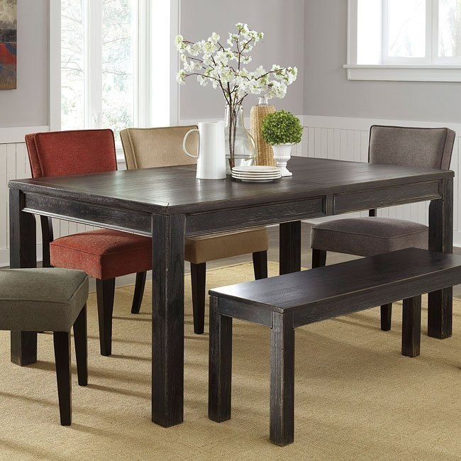 Gavelston Dining Table