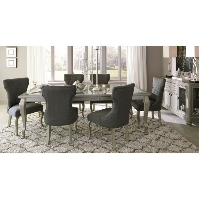 Coralayne Dining Room Set