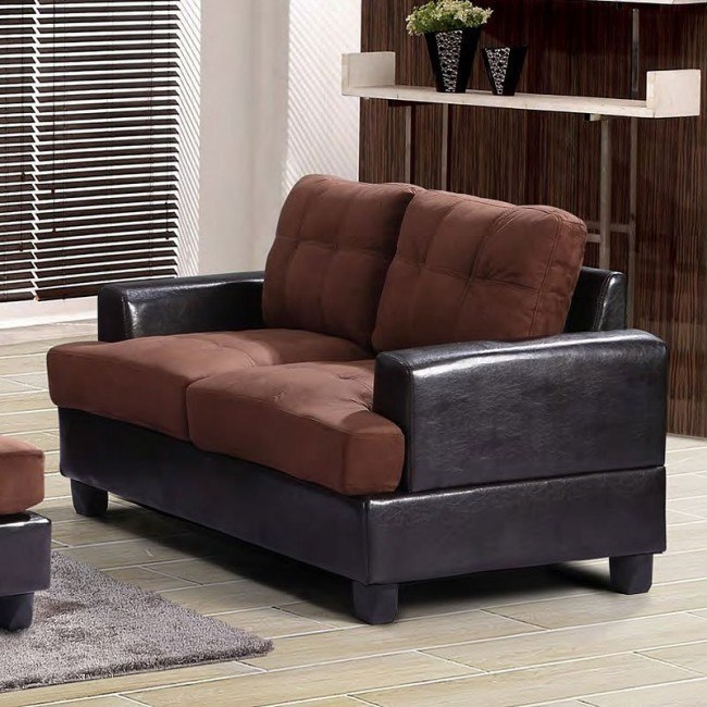 G586 Loveseat (Chocolate)