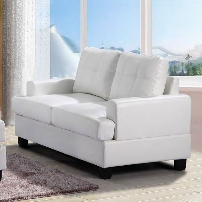 G587 Loveseat (White)