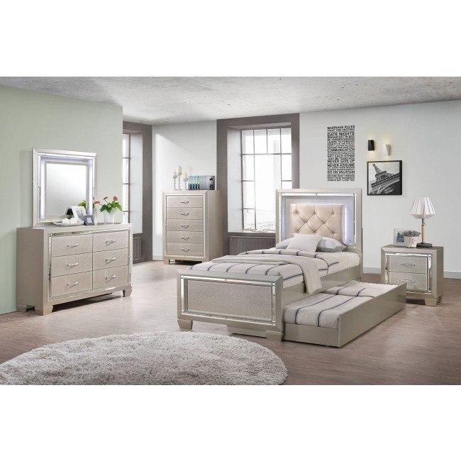 Platinum Youth Panel Bedroom Set