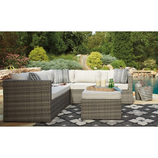 Peckham Park 4-Piece Outdoor Sectional Set