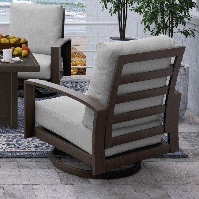 Cordova Reef Outdoor Swivel Lounge Chair (Set of 2)