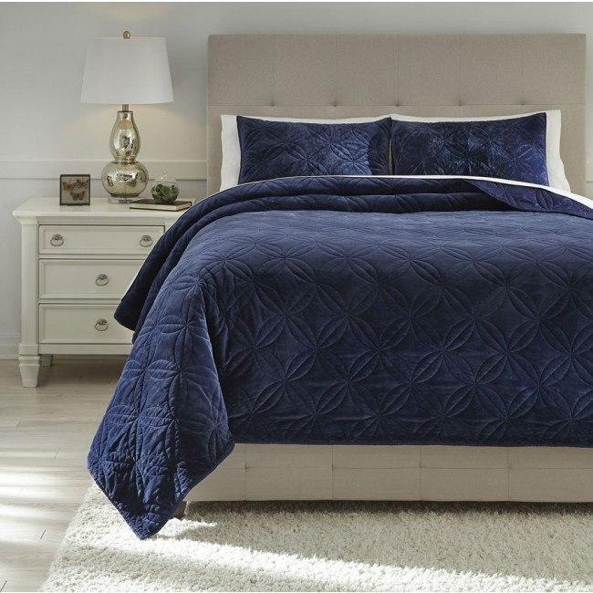 Linette Blue Quilt Set
