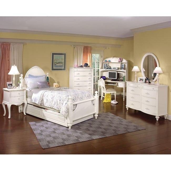 Cheri Low Post Bedroom Set