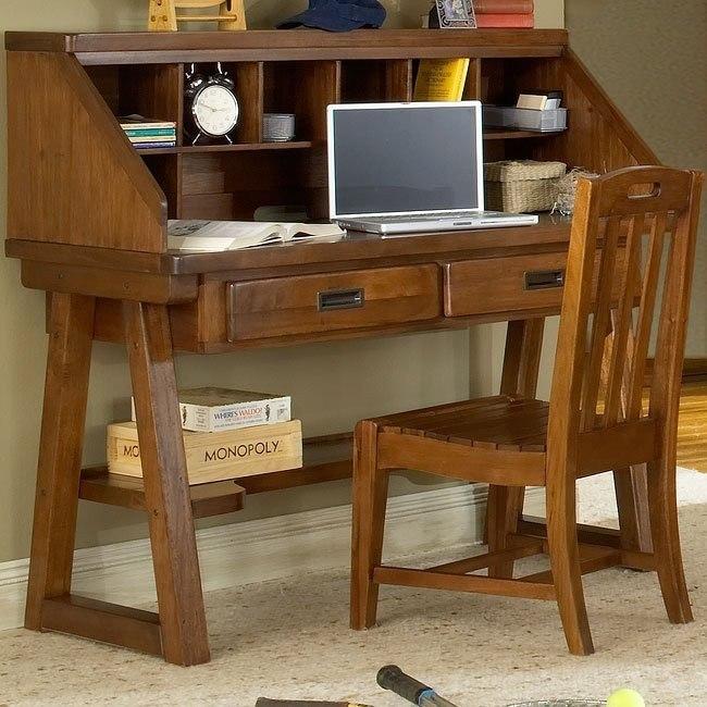 Heartland Desk with Hutch