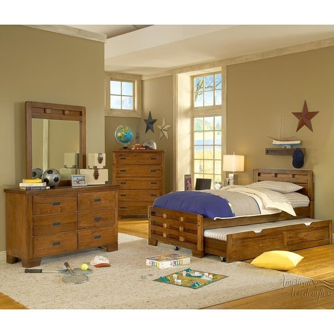 Heartland Bedroom Set w/ Captains Bed