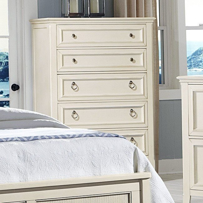 Courtyard Five Drawer Chest (Champagne)