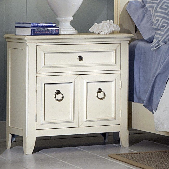 Courtyard Door Nightstand (Champagne)