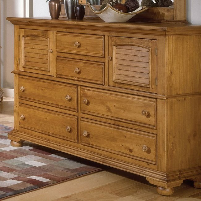Cottage Traditions High Dresser (Sandstone)
