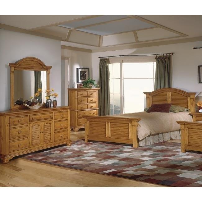 Cottage Traditions Panel Bedroom Set (Sandstone)
