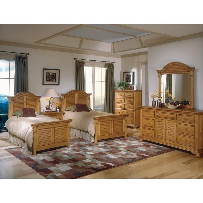 Cottage Traditions Youth Panel Bedroom Set (Sandstone)