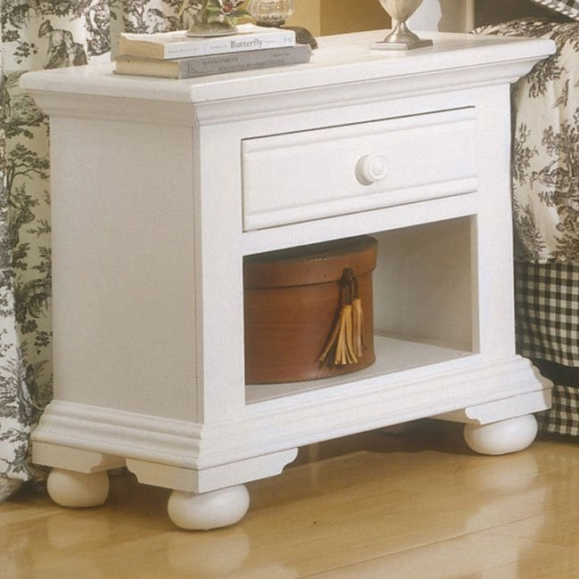 Cottage Traditions Small Nightstand (White)