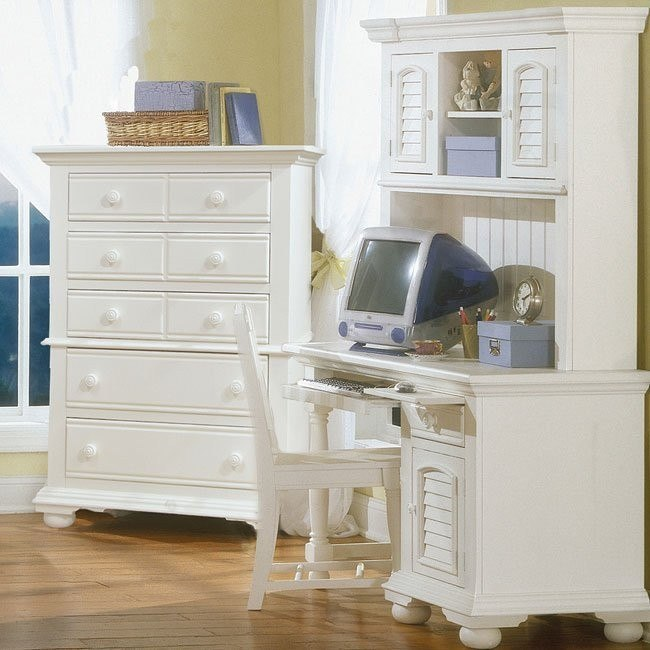 Cottage Traditions Computer Desk w/ Hutch (White)