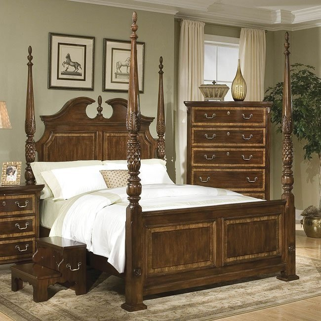 Wellington Manor Poster Bed