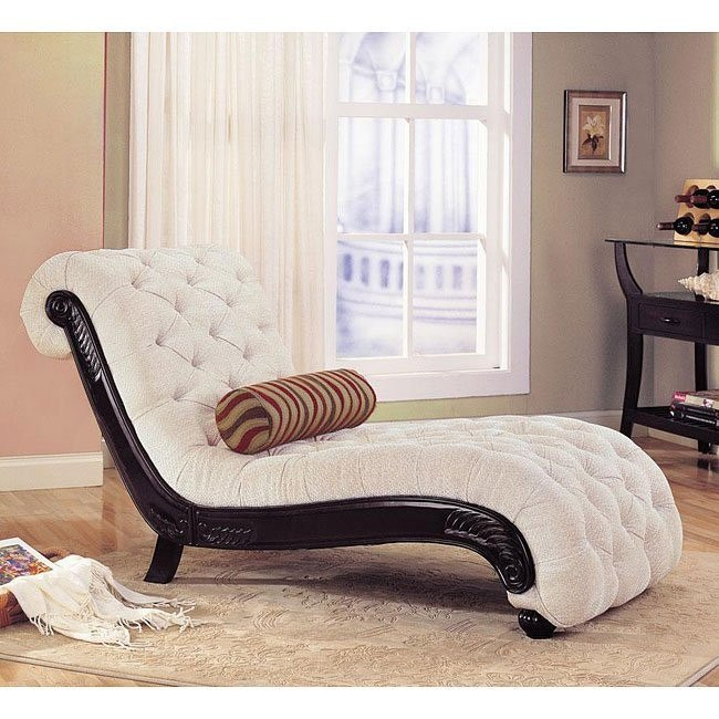 Traditional Tufted Chaise