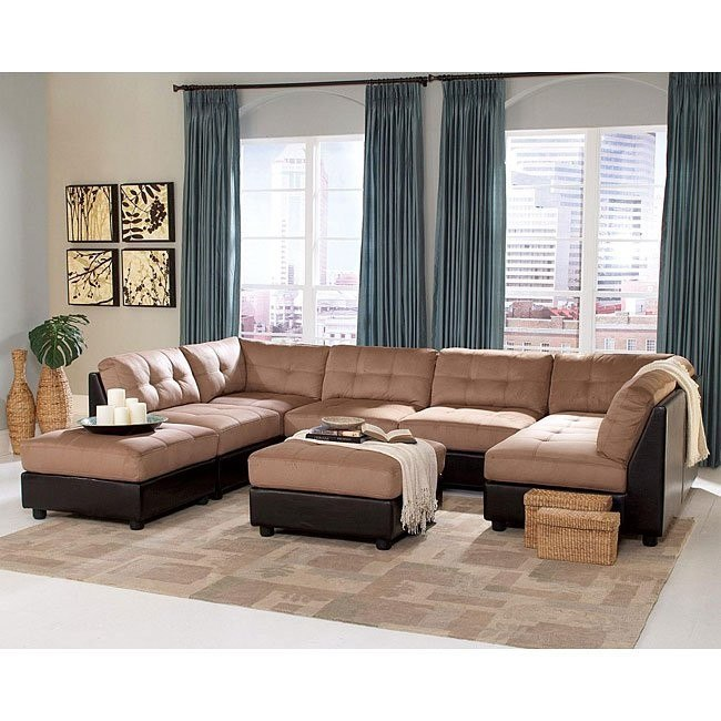 Claude Sectional Living Room Set