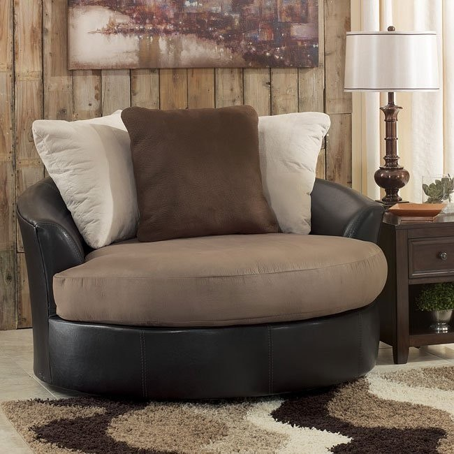 Masoli - Mocha Oversized Swivel Accent Chair