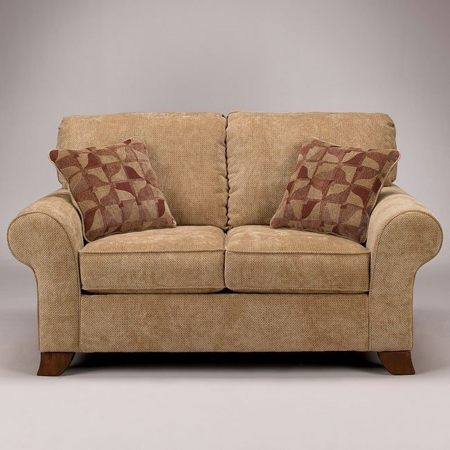 Townhouse - Tawny Loveseat