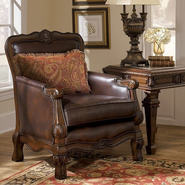 Oakmere - Truffle Showood Accent Chair