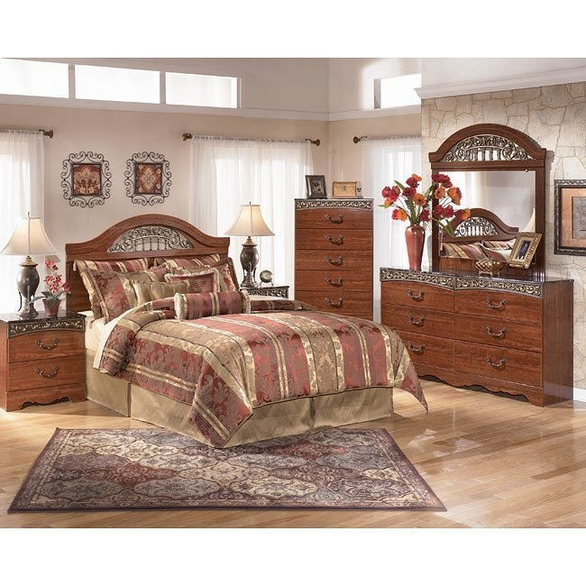 Fairbrooks Estate Headboard Bedroom Set