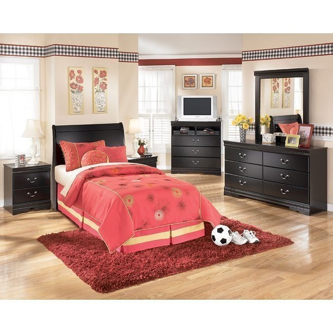 Huey Vineyard Youth Headboard Bedroom Set
