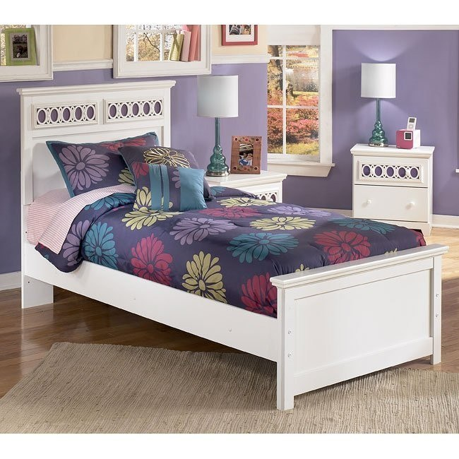 Zayley Panel Bed