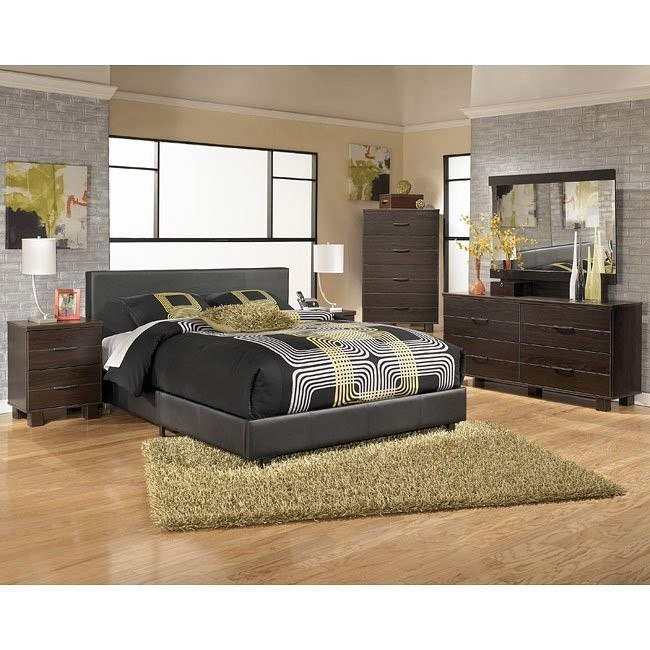 Edmonton Bedroom Set w/ Upholstered Bed