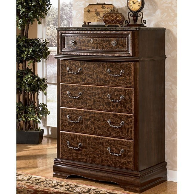Southerland Shire Chest