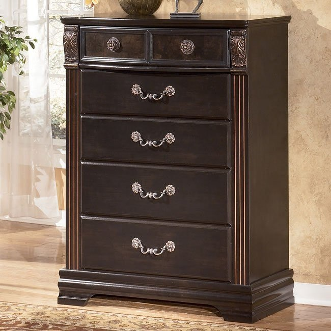 Suzannah Chest