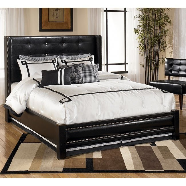 Diana Upholstered Wing Bed (Queen)