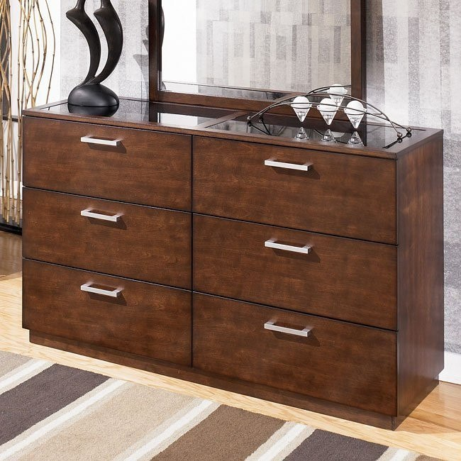 Alyndale Dresser